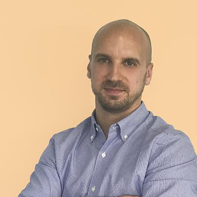Carlos Simón